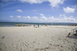 Piękna plaża, czysta woda i jedno z najdroższych miejsc do życia – poznajcie Sandbanks